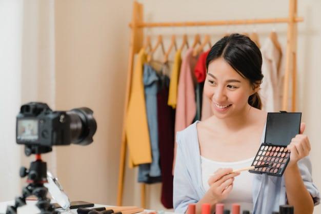 bloguera-vendiendo-en-internet