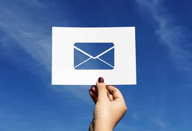 correo-electrónico