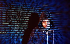 ¿Cómo prevenir el robo de identidad corporativa?