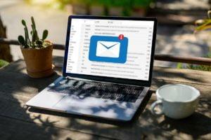 diferencias entre alias y cuenta de correo electrónico